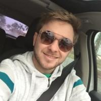 Review by Rafael Viveiros